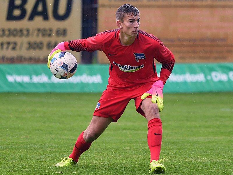 Hertha BSC nimmt Klinsmann unter Vertrag