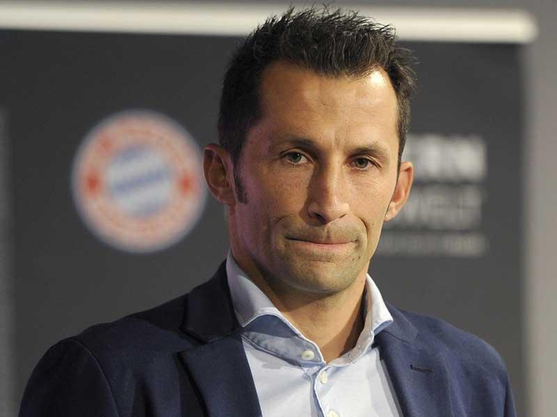FC Bayern stellt Sportdirektor vor