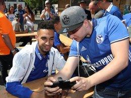100.000 Fans feiern Schalker Team - Reese bleibt