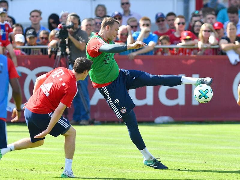 FC Bayern zum Auftakt ohne Neuer, Herrlich fordert Mut und Herz