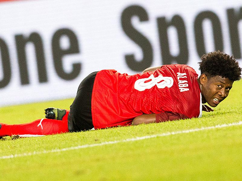 Alaba fällt mit Sprunggelenks-Verletzung