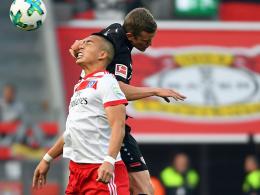 Bilder: Köln punktet erstmals - Bayer watscht HSV ab