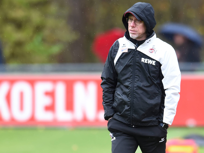 Köln-Krach | Stöger degradiert Fitness-Trainer