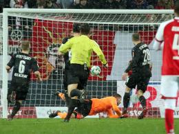 Akolo fehlt, Zieler patzt doppelt: Gebrauchter VfB-Tag