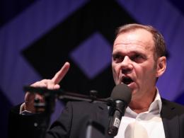 585:560! Hoffmann neuer HSV-Präsident