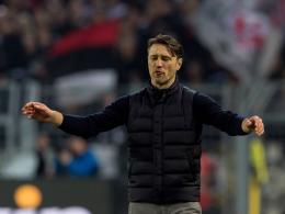 Kovac kritisiert Hradecky - Boateng rechtfertigt Einwurf