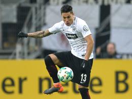 Verflixte Länderspiele: Salcedo erleidet Schlüsselbeinbruch