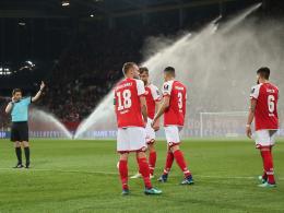 Mainz gewinnt Kellerduell gegen Freiburg nach spektakulärem Videobeweis