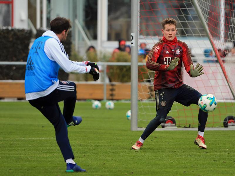 Nachwuchs-Keeper unterschreibt Profi-Vertrag bei Bayern