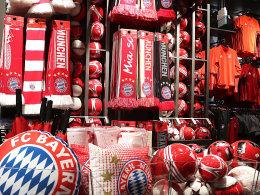 Umsatzranking: Bayern stellt BVB und S04 in den Schatten