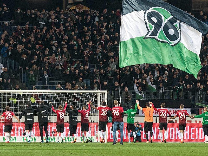 Hannover 96 sendet Signale an die kritischen Fans - \