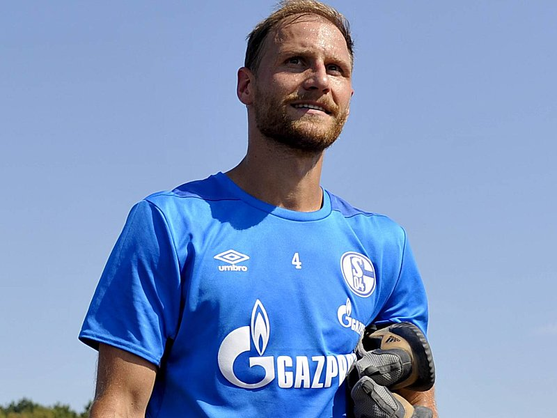 Schalke 04: Benedikt Höwedes vor Wechsel - Christian Heidel bestätigt Medizincheck
