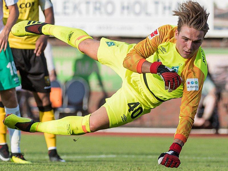 Zeigte zuletzt aufsteigende Tendenz: Werder-Schlussmann Luca Plogmann.