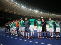 Oldie-Power und Kruse: Werder stürmt Hertha-Festung