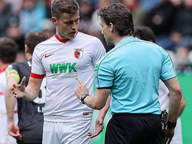 Augsburger Finnbogason vom DFB für ein Spiel gesperrt