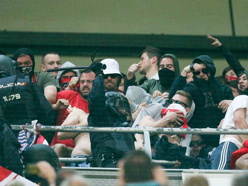 Nach Aus bei Real Madrid: Bayern-Spieler sollen Schiedsrichter bedrängt haben