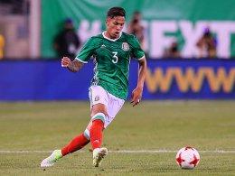 Eintracht leiht Mexikaner Salcedo aus
