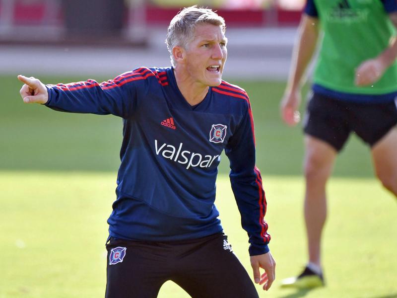 Bayern-Legende: Bastian Schweinsteiger feiert emotionalen Abschied