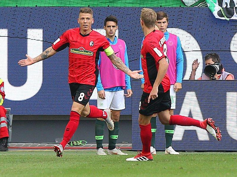 Traf erstmals seit April 2015 wieder in einem Ligaspiel: Mike Frantz (l.).
