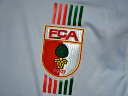 Alles retro: Der FC Augsburg feiert Geburtstag