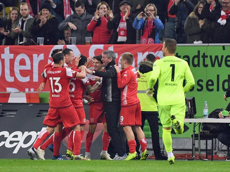 """Fútbol-Bundesliga - """"Das war schon große Klasse"""": Fortuna Düsseldorf beim 4: 1 gegen Hertha BSC im Rausch - Bundesliga"""