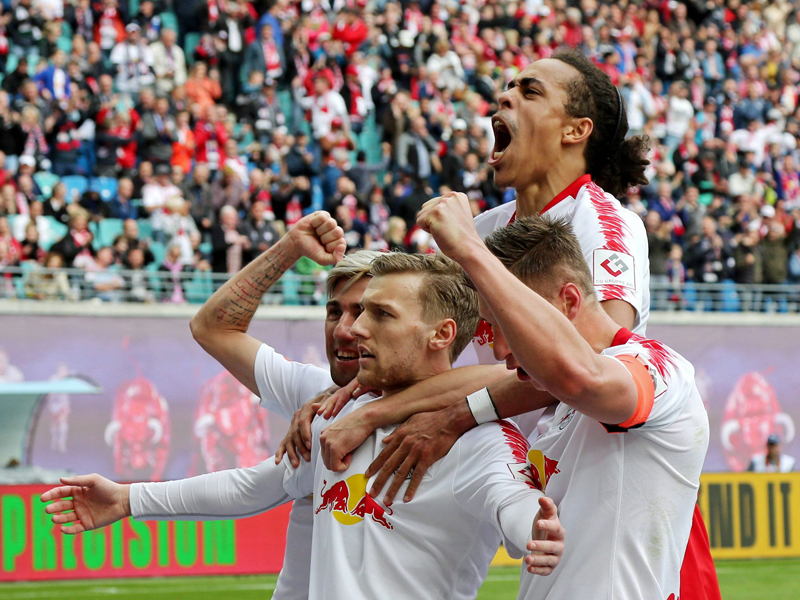 Leipzig in der Champions League - dank Emil Forsbergs Elfmeter zum 2:1 gegen Freiburg.