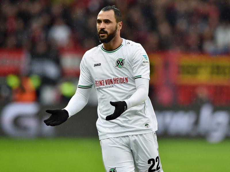 Schon 29 Spieler eingesetzt: Köln jagt Wölfe-Rekord