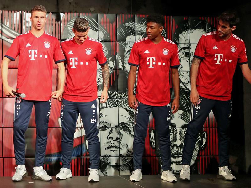 Der FC Bayern präsentiert sein neues Heimtrikot