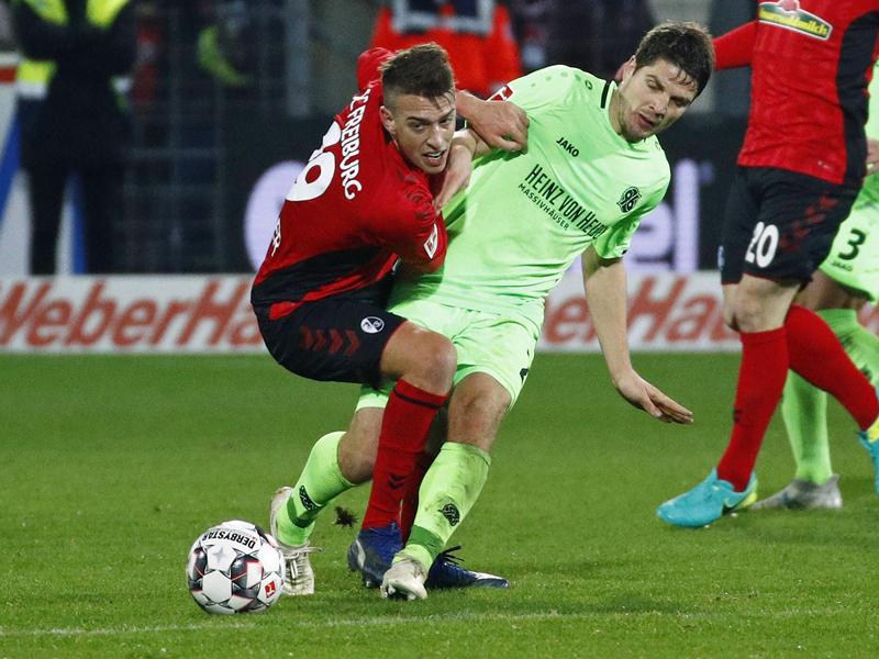 Die Fouls in der Liga: Austeilen und Einstecken