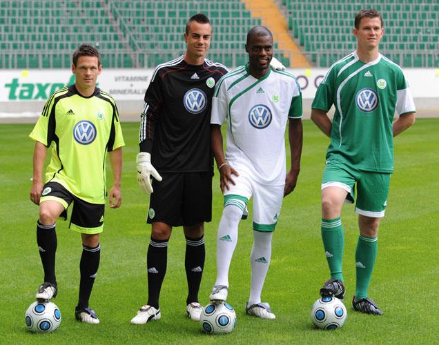 Les maillots de Bundesliga Saison 2009/2010 (Partie 2) Image_slshow_einzel_0_4