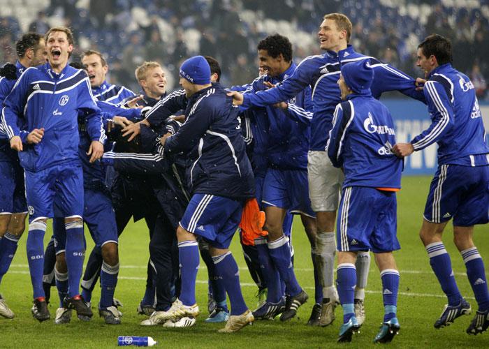 Schalke freut sich über eine gelungene Hinrunde