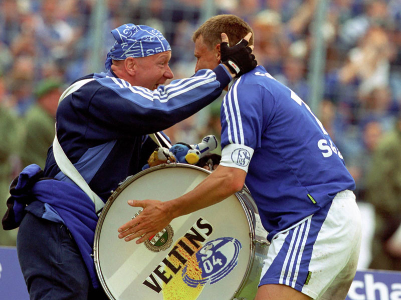 2000: Ebbe Sand (FC Schalke 04) - 22 Tore