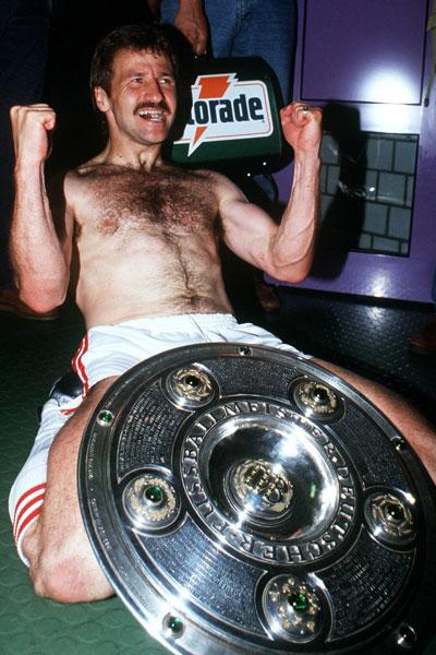 1992: Fritz Walter (VfB Stuttgart) - 22 Tore