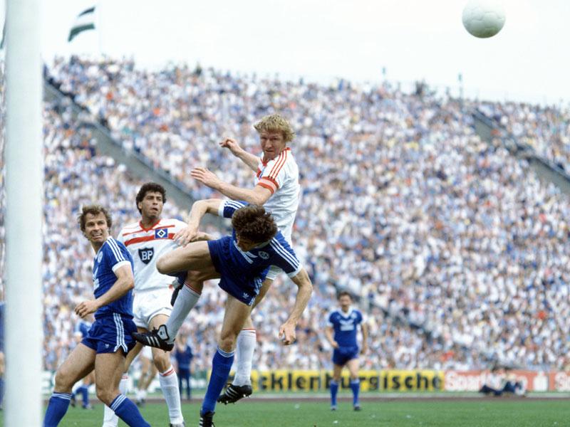 1982: Horst Hrubesch (Hamburger SV) - 27 Tore