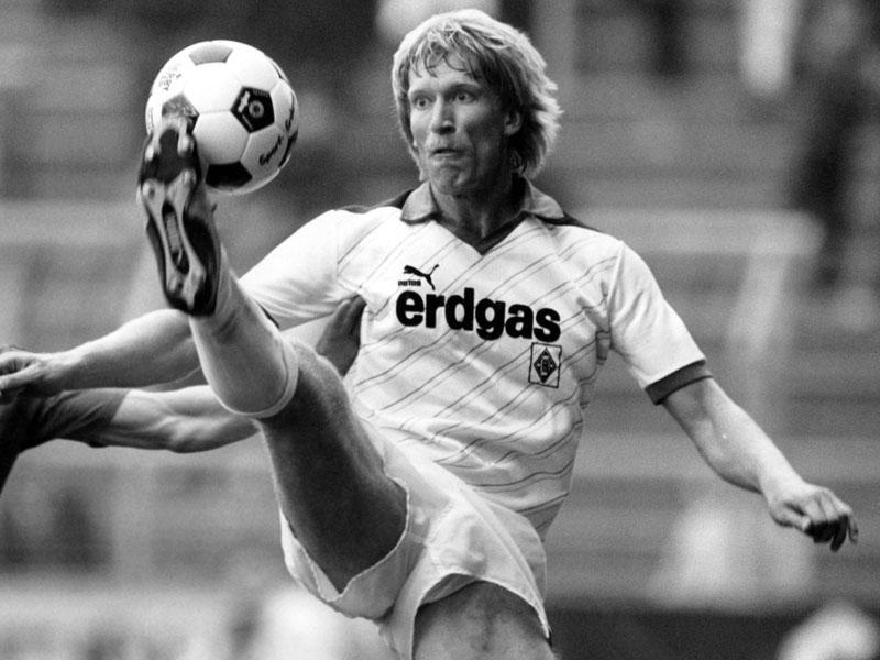1987: Uwe Rahn (Borussia Mönchengladbach) - 24 Tore