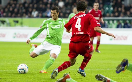Vieirinha war gegen K�ln einer von f�nf Neuzug�ngen, die im Trikot des VfL Wolfsburg deb�tierten. Der 25-J�hrige ging angeschlagen ins Spiel, seine Adduktorenverletzung brach wieder auf . . .