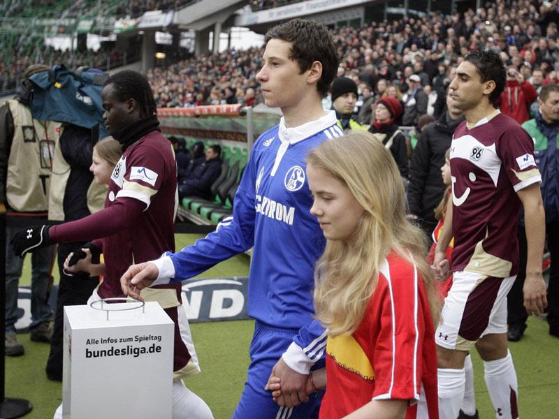 Draxler: Treueschwur, Machtkampf - Tribüne?