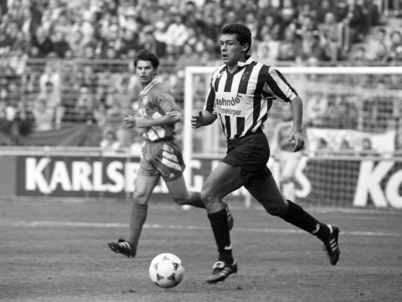 Rodolfo Esteban Cardoso (SC Freiburg) am Ball.