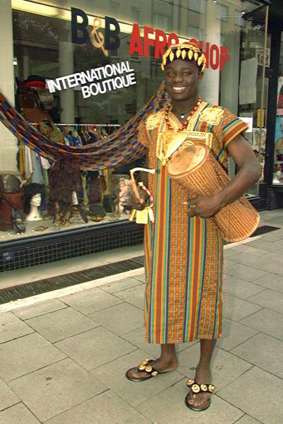 Gerald Asamoah: Seine Karriere in Bildern