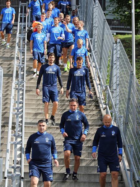 Mit Dino und viel Spa� - Trainingsstart des HSV