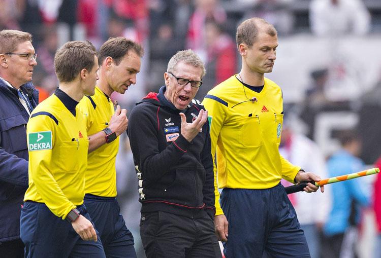 Der Spruch des Jahres 2016: Stögers Brillenangebot