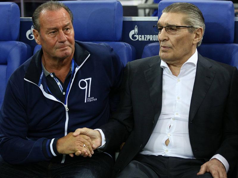 Bedankt Huub! Auch Assauer verabschiedet Stevens auf Schalke