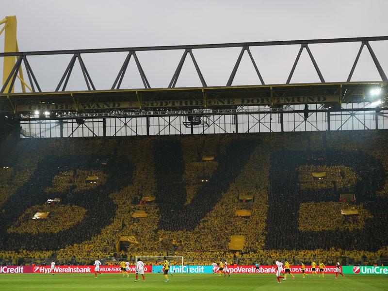 Volkssport Fußball? Das kostet eine Dauerkarte