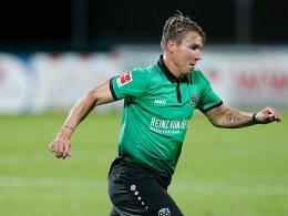 Dank Klaus: Hannover mit 1:1 zum Abschluss gegen Udine