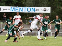 Zieler patzt, Insua verletzt - VfB verliert Generalprobe