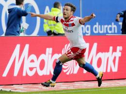 Tragischer Torjubel: Müller trifft zu Hamburgs Auftaktsieg