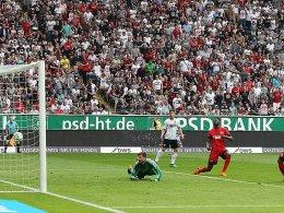 Selkes umstrittener Strafstoß leitet Hertha-Sieg ein