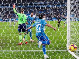 Nach Oczipkas Stolper-Start: Schalke schimpft über 1:2