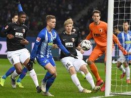 45 turbulente Minuten - Hertha und FCA trennen sich 2:2