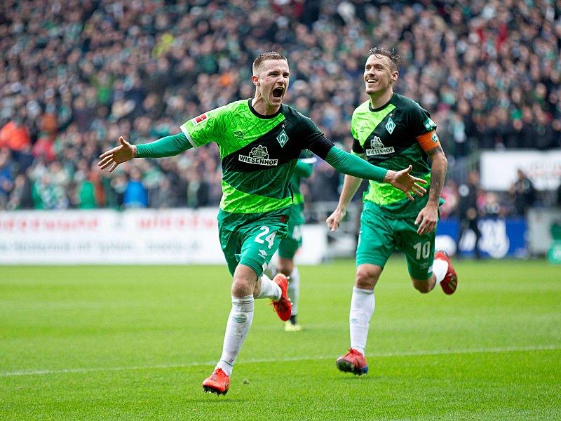 Ich war's: Johannes Eggestein (vorne) freut sich über sein soeben erzieltes 2:0.